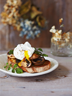 Marinated mushrooms with poached eggs
